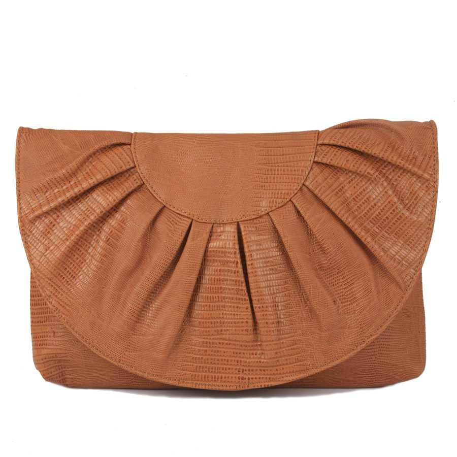 Fan shaped clutch