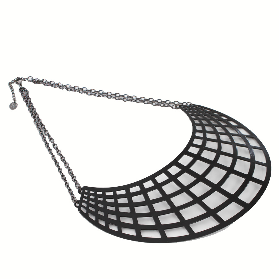 Webbing necklace